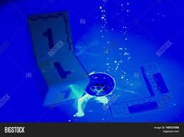 Bathroom Uv Light Uv Light Bathroom Mold Boeing Collecting Evidences Image