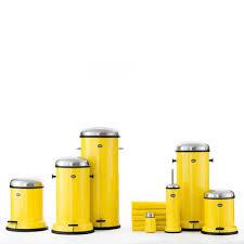 poubelle cuisine jaune vipp cuisine great trendy poubelle de cuisine litres poubelle pdale
