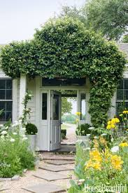 345 best live here images on pinterest house exteriors sorority