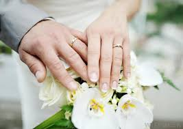 marriage rings what is the difference between engagement rings and wedding rings