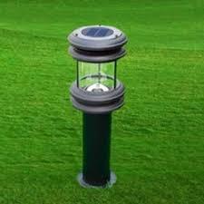 solar lawn light suppliers manufacturers in india