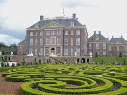 het loo palace apeldoorn my collection of postcards from the het loo palace and its gardens in apeldoorn day trip from amsterdam