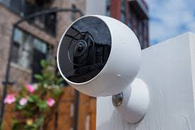 logitech u0027s circle 2 security camera can transform to fit in