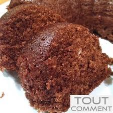 comment cuisiner un gateau au chocolat comment faire un gâteau au chocolat au micro ondes