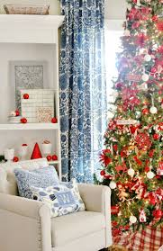 36 best christmas tree decorations images on pinterest christmas blue and white and red christmas decor and a giveaway