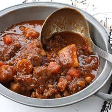 traditional irish beef u0026 guinness stew stovetop or slow cooker