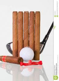 Glasschreibtische Spielen Sie Fahrer Und Verschiedene Zigarren Auf Einem
