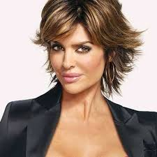 lisa rinna is an actress and a host by profession she was born in
