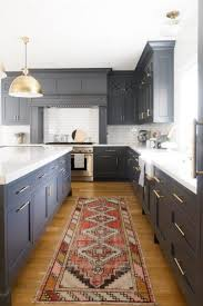 blue kitchen cabinets with granite countertops how to style blue kitchen cabinets in 2020 on roomhints
