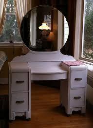 Vintage Vanity Table Bathroom Outstanding 25 Best Mirrored Vanity Table Ideas On
