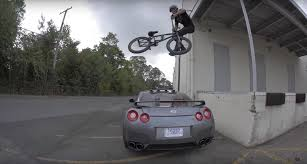 scotty cranmer jumps his gt r ride bmx