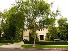Celebrity Homes In Beverly Hills by The Former Menendez Family Home Iamnotastalker