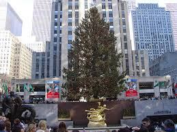 2013 rockefeller center christmas tree lights up the night with