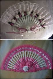 ribbon flowers this plastic fork and ribbon fan is so easy and creative
