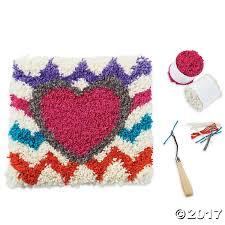 nested hearts latch hook kit