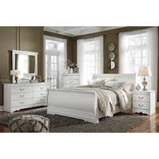 white queen sleigh bed