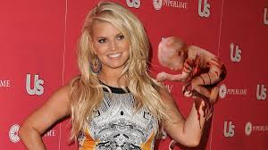 jessica simpson goes on tour to promote the novel she read the