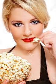 popcorn hairstyle beautiful blond plus size girl with vintage make up and hairstyle