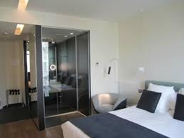 hotel barcelone dans la chambre chambre et salle de bain picture of hotel ohla barcelona