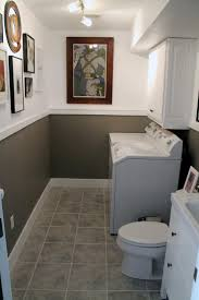 Bathroom With Wainscoting Ideas by Best 10 Small Half Bathrooms Ideas On Pinterest Half Bathroom
