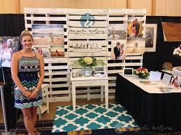 wedding expo backdrop diy pallet photo booth diy pallet photo booth backdrop pallets