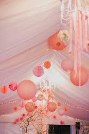 tons mariage ciel de lanternes pour décorer votre tente de mariage dans les