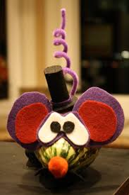 halloween craft decorated gourds and mini pumpkins with felt cut