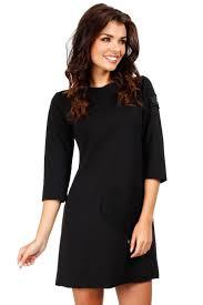rochii casual rochie scurta casual cu o inima aplicata neagra fro23310cmd