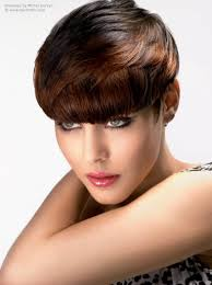 weighted shorthairstyles short top weighted hairstyle with a cutting line that falls at the