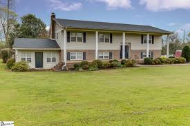 Luxury Homes In Greenville Sc by Ravenwood Real Estate U0026 Homes For Sale In Simpsonville Sc