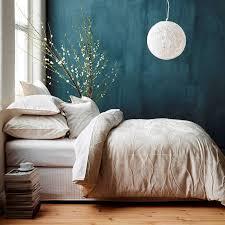 la chambre bleu chambre bleu canard avec quelle couleur accords classe et idées déco