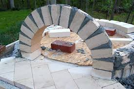 How To Build A Backyard Pizza Oven by Building The Entry Arch To The Pizza Oven Henning House