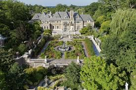 gatsby mansion the great gatsby mansion is for sale gatsby mansion and historic