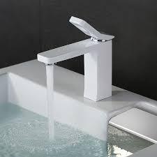 badezimmer armaturen weiß waschtisch wasserhahn wasserbecken mischbatterie armatur