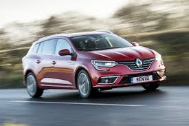 renault megane estate car reviews independent road tests by car magazine