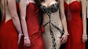Il high school accused of body shaming in dress code cnn