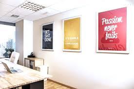 id d o pour bureau professionnel e d co pour bureau professionnel 14 avec tableau angle moderne et