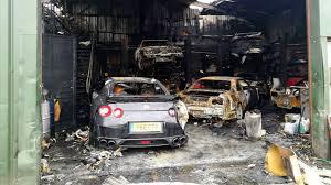 nissan gtr ebay uk nissan gt r specialty shop burns down including customer cars