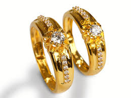 couple rings gold images Gold white stone couple ring jeweldaze online jewellery shopping jpg