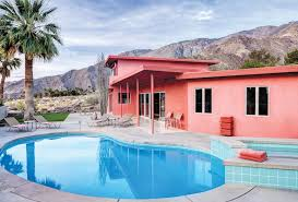 palm springs home gets custom paint job