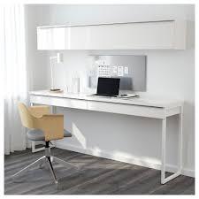 etagere bureau ikea bureau et étagère murale bestå burs une chaise conférence