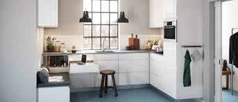 kvik cuisine linea gloss pour avoir une cuisine en blanc haute brillance