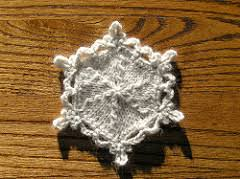 ravelry snowflake ornament pattern by himmelberg