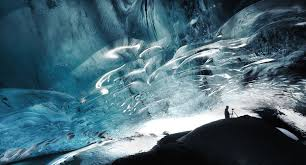 A Stunning Ice Cave In Iceland Mirror Online