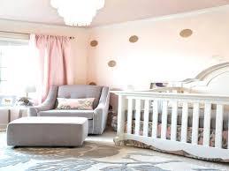 fresque chambre bébé tete de lit capitonnace unique chambre ida e chambre ba ba