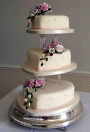 heart shaped wedding cakes wedding cakes classic 3 tier heart wedding cakes