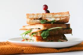 thanksgiving leftovers turkey gorgonzola grilled cheese sandwich