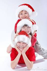capturing memorable holiday photos with kids at night nest of