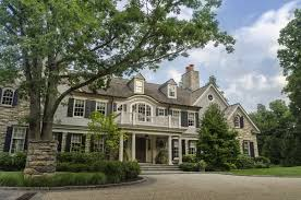 colonial home decorating ideas gorgeous classic colonial home exterior 51058 house decoration