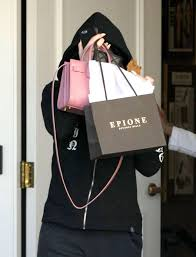Epionce Skin Care Reviews Kylie Jenner Leaving Epione Skin Care Center 03 Gotceleb